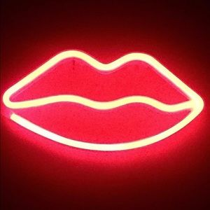 🎀 NEW LED LIPS SIGN 🎀